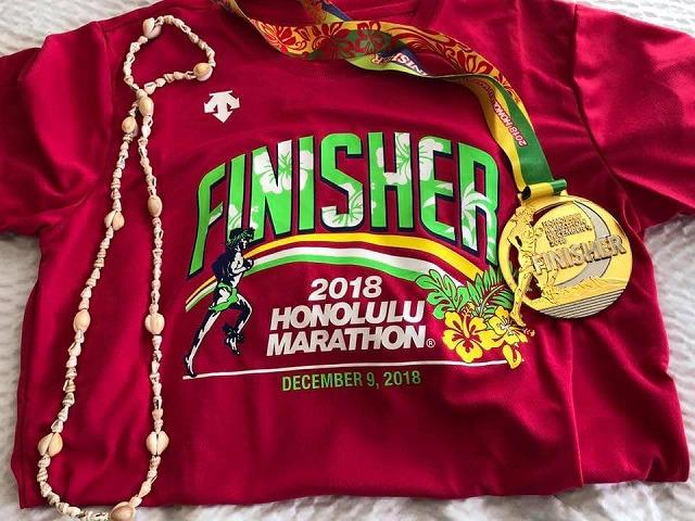 ホノルルマラソン2018年の完走Tシャツ